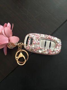 Bling car key holder with rhinestones for audi - pink car accessories diy, key diy Cars 1, Audi Cars, Pink Cars, Audi Tt, Allroad Audi, Key Diy, Car Key Holder, Lilly Pulitzer, Car Accessories For Women