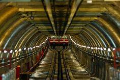 Tramvay by Mustafa Celebi on 500px