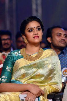 Keerthy Suresh at Asianet Film Awards 2018 Blouse Neck Designs, Blouse Patterns, Saree Dress, Sari, Desiner Sarees, Maggam Work Designs, Only Shirt, Star Wars, Elegant Saree