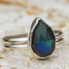 teardrop labradorite sterling silver ring