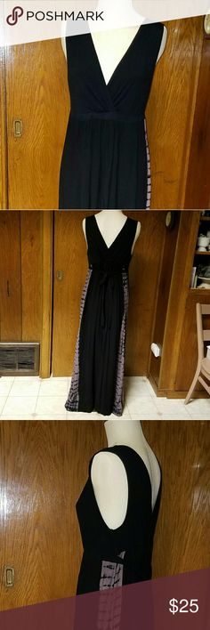 Liz Lange Maternity maxi dress Black XXL Soft and comfy maxi dress in black with gray tie dyed sides. Ties in back.  Top: Rayon Spandex blend Bottom: Rayon Hand wash in cold line dry. This in in excellent pre-owned condition with no rips, stains or damage.  Sz XXL Liz Lange for Target Dresses Maxi