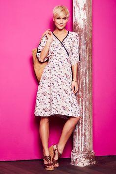"""HEUTE IST DER TAG für komfortable Mode-Trends …mit dem Umstandskleid """"Nikole"""" von BELLYBUTTON."""