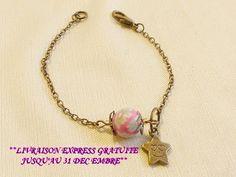 Bracelet femme romantique, avec chaînette or et perle fleur rose . : Bracelet par zepeel-bijoux