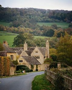 England Time In England, England Uk, London England, Great Places, Places To See, Beautiful Places, English Village, English Cottages, British Countryside