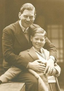 King Carol II of Romania with his son Mihai, future King of Romania. He bought Jeannie's ancestor house in Nice, France. Queen Mary, King Queen, Michael I Of Romania, Romanian Royal Family, Old Time Photos, Royal Photography, Central And Eastern Europe, Young Prince, Casa Real