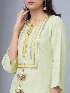 40 Amazing Kurti Neck Designs With Lace and borders Salwar Suit Neck Designs, Neck Designs For Suits, Kurta Neck Design, Kurta Designs Women, Dress Neck Designs, Salwar Designs, Blouse Designs, Mehndi Designs, Plain Kurti Designs