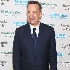Pin for Later: Hey Lauren, Tom Hanks hat deinen Studiausweis gefunden