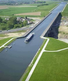 Extreme Architecture  The Pont du Sart is a navigable aqueduct in the West of Belgium