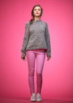 Ravelry: Nr 9 Genser med dekor pattern by Liv Stangeland Creative Knitting, How To Purl Knit, Dame, Tweed, White Jeans, Sweater, Pattern, Pants, Clothes