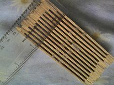 how to make a rigid heddle, very easy, and you get more holes than with the flat version