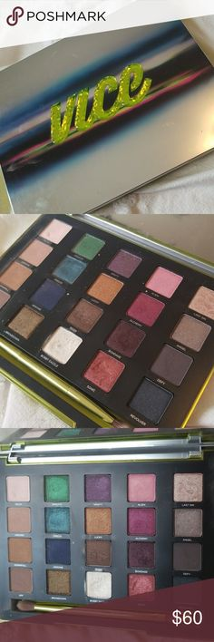 Urban Decay Vice 3 Eyeshadow Palette Retired palette, used for like 3 looks, I never go for vibrant colors so I know someone will use this to more of it's potential. Can't find the pouch sadly, if I do, will add updated photo and send with it. Urban Decay Makeup Eyeshadow