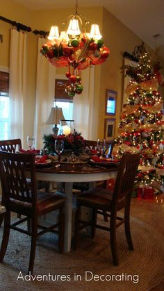 Adventures in Decorating: Off to the Christmas Breakfast Area ...