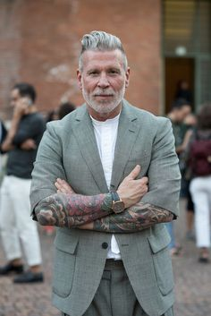 Nick Wooster, Barber Shop Haircuts, Older Mens Hairstyles, Grey Hair Men, Mens Fashion Blog, Men's Fashion, Great Beards, Masculine Style, Man Up