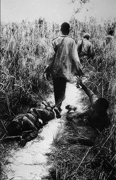 Igbo Soldiers retreating, Biafra, Nigeria April 1968