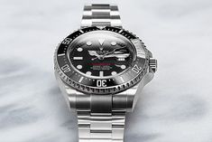 The Submariner is not enough for you? Then take a closer look at the Rolex Sea-Dweller 126600. With a case diameter of 43 mm and a water resistance of up to 1,220 metres, the big brother of the Submariner is suitable for even rougher terrain. Luxury Watches, Rolex Watches, Buy Rolex, Sea Dweller, Rolex Models, Luxury Watch Brands, Pre Owned Watches, Closer, How To Find Out