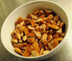 Carmelized almonds | Anne's food