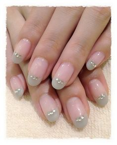 Neutral french nail