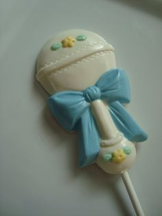 12+Chocolate+Rattle+Lollipops+Baby+Shower+by+rosebudchocolates