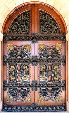 Barcelona - Parc de la Ciutadella     Door