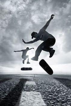 Shekou Man - Skate - Snowboarding iDeas Snowboarding became very popula. Surf Style Men, Skate Style, Skate Wallpaper, Snowboard, Bmx, Foto Sport, Foto Picture, Skate Photos, Skate Surf