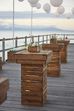 "Say ""I Do"" to These Fab 100 Rustic Wood Pallet Wedding Ideas rustic wooden pallet bench seats Wooden Pallet Projects, Pallet Crafts, Wooden Pallets, Pallet Ideas, 1001 Pallets, Recycled Pallets, Pallet Wedding, Wedding Backyard, Rustic Wedding"