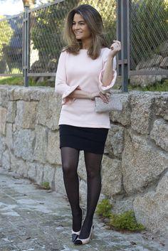 Fashion and Style Blog / Blog de Moda . Post:  Top Sugar  ( Online Shop / Tienda online : www.ohmylooksshop.com )  .More pictures on/ Más fotos en : http://www.ohmylooks.com . Llevo / I wear: Top : Oh My Looks (info@ohmylooks.com) ; Skirt / Falda : Mango ; Clutch : Uterqüe ; Earrings / Pendientes : Happiness Boutique
