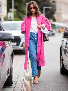 My Style Is Simple, and These Are My Favorite Denim Trends - Coats - Denim Fashion Denim Fashion, Womens Fashion, Fashion Trends, Look Thinner, Denim Trends, Autumn Winter Fashion, Fall Fashion, Fall Winter, Modest Fashion