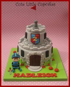 Mike the Knight Birthday Cake - by HeidiS @ CakesDecor.com - cake decorating website