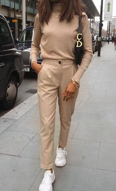 zara outfit 30 - Source by style Zara Outfit, Beige Outfit, Outfit Chic, Neutral Outfit, Beige Pants Outfit, Brown Outfit, Monochrome Outfit, Dress Pants, Nude Outfits