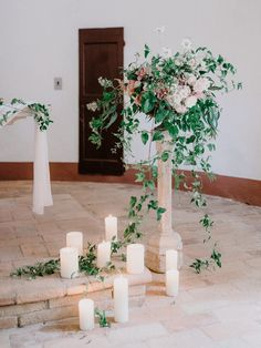 Photography: http://www.gianlucaadovasio.it/ | Floral design: http://www.instagram.com/larosacaninafirenze/?hl=en | Venue: http://monteverdituscany.com/ | Read More: https://www.stylemepretty.com/2018/01/15/romantic-tuscan-wedding/