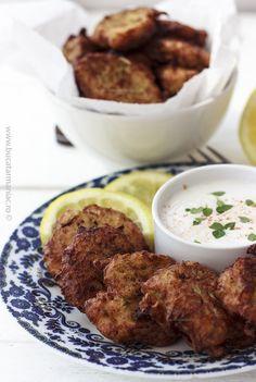 Cum se face reteta de Chiftele de dovlecel cu cartofi Tandoori Chicken, Rice, Beef, Vegan, Romania, Health, Ethnic Recipes, Memories, Food
