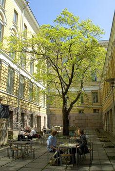 University of Helsinki yard #Helsinki #Finland #university