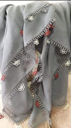 Alexander Mcqueen Scarf, Crafts, Accessories, Fashion, Amigurumi, Moda, Manualidades, Fashion Styles, Fasion