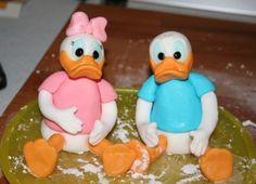 Donald and Daisy Duck gumpaste