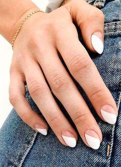 hansen chrome nail makeup makeup nailart nail makeup nail art designs and makeup salon design hansen chrome nail makeup hansen chrome nail makeup pure chrome nail designs Ten Nails, Nailart, Minimalist Nails, Striped Nails, Dream Nails, Manicure E Pedicure, Cute Acrylic Nails, Neon Nail Art, Chrome Nails