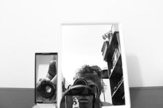 |espelho meu| #espelho #mirror #autorretrato #selfieportrait #mulhernegra #blackwoman