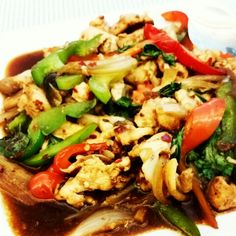 Spicy basil with chicken