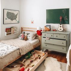 My all-time favorite variation of their room. That green dresser is about to be . My all-time favorite variation of their room. That green dresser is about to be repurposed into a vanity in our bathroom! Rustic Boys Bedrooms, Girls Bedroom, Bedroom Decor, Bedroom Furniture, Kid Furniture, Box Room Bedroom Ideas, Furniture Design, Children Furniture, Shared Bedrooms