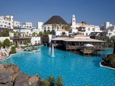Hotel Volcan in Lanzarote Amazing Swimming Pools, Cool Pools, Places To Travel, Places To Go, Holiday Search, Inclusive Holidays, Canary Islands, Discount Travel, Travel Deals