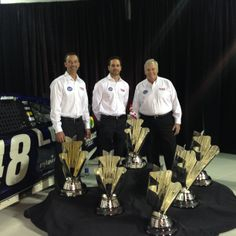 #Bowtie got in on the #6pack celebration with crew chief Chad Knaus, Jimmie Johnson and Rick Hendrick. (Elf on the Shelf)