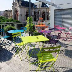 de la couleur gogo avec les chaises de jardin pliantes bistro de fermob - Salon De Jardin Mtal Color