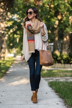 oversize sweater, blanket scarf