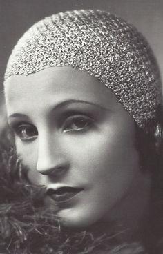 Brigitte Helm - 1928 - L'Argent, Money - Directed by Marcel L'Herbier - Jewellery by Raymond Templier - Costumes by Paul Poiret