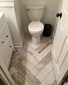 The helpful details is right here Small Restroom Ideas