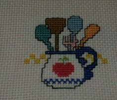 This Pin was discovered by Şev Cross Stitch Cards, Cross Stitch Borders, Cross Stitch Designs, Cross Stitching, Cross Stitch Patterns, Wool Embroidery, Applique Embroidery Designs, Cross Stitch Embroidery, Crochet Fruit