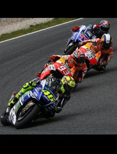 Valentino Rossi, Marc Marquez, Dani Pedrosa and Jorge Lorenzo at Catalunya 2014 Scooters, Soichiro Honda, Motogp Race, Motorcycle Images, Race Around The World, Valentino Rossi 46, Marc Marquez, Tokyo, Motosport