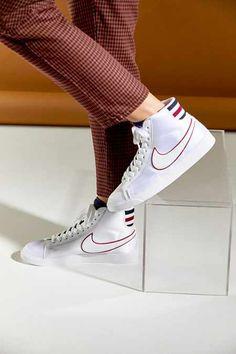 5de339ada6 Nike Blazer Mid Premium Sneaker Cute Nikes