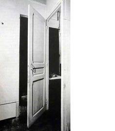 door, 11 rue Larrey. 1927 duchamp