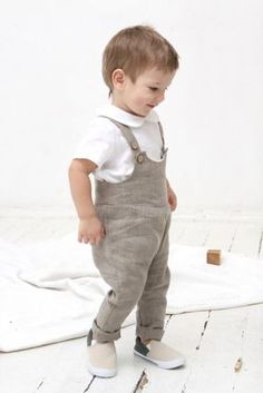 Baby boy linen romper Baby boy dungarees Overall Baby by mimiikids Bautizo  Niño 14187a9f4b46