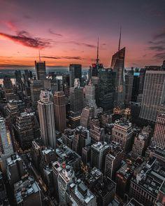Midtown Manhattan by @whathefarkas #newyorkcityfeelings #nyc #newyork